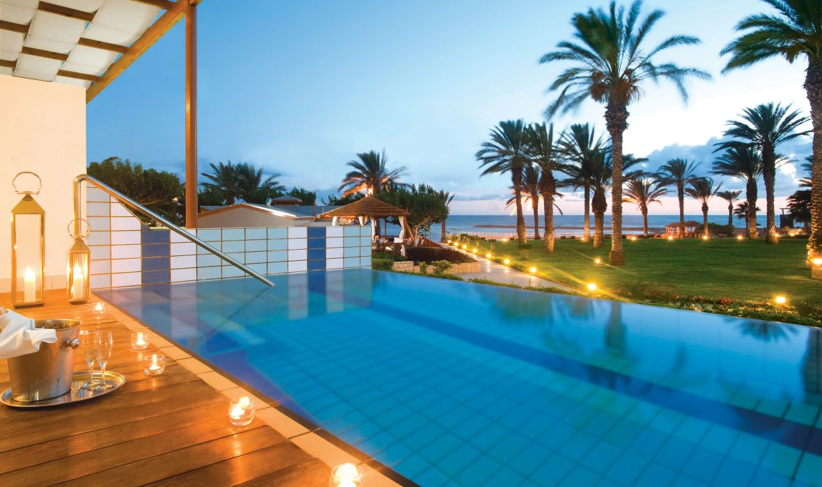 16_Asimina_Suites_Hotel-Private_Pool_At_Dusk